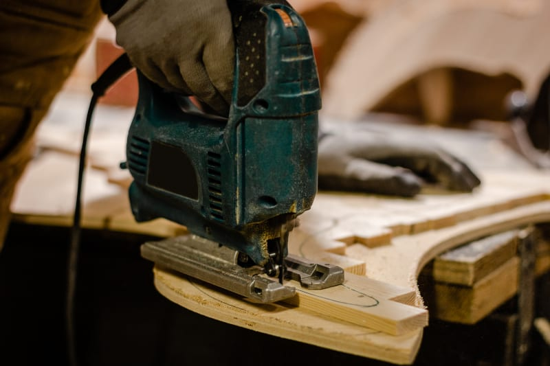 Jigsaws are used for complex cuts - Better Home DIY