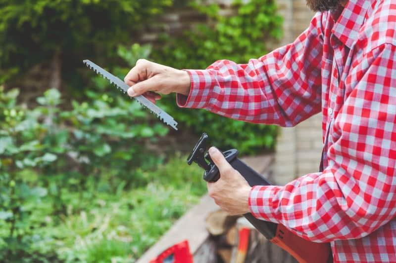 Reciprocating saws use narrow blades